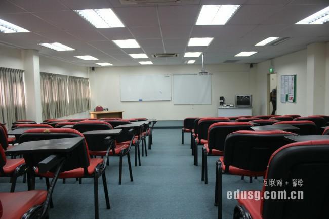 去新加坡读研究生需要多少钱
