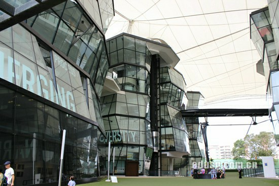 马来西亚泰莱大学