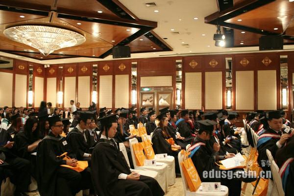 新加坡留学读预科花费