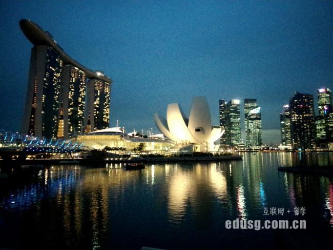 去新加坡读预科容易吗