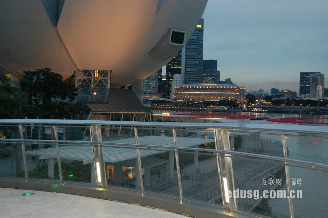 新加坡理工学院留学