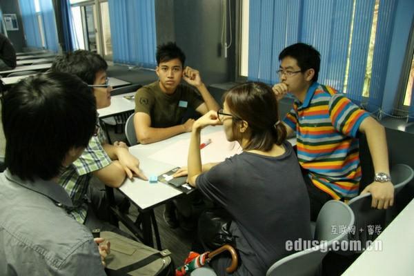 新加坡莎顿国际学院和博伟哪个好
