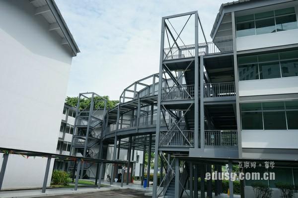 新加坡留学统计专业申请要求