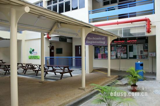 国内高三学生去新加坡留学