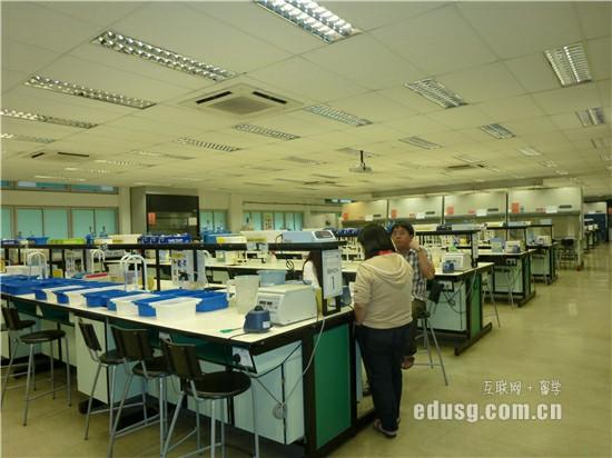 新加坡aeis考试有多难
