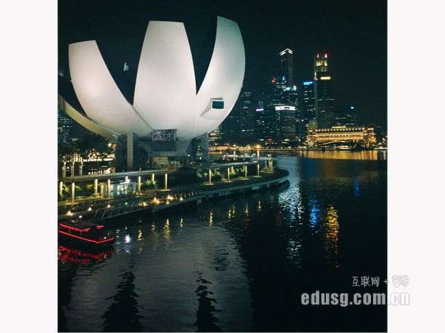专科新加坡留学本科
