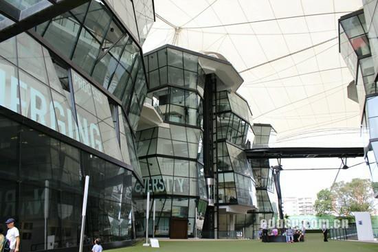 昆士兰科技大学文凭课程