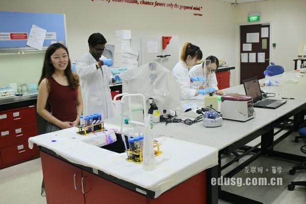 新加坡莱佛士高等教育学院研究生申请时间