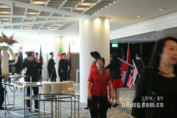 新加坡澳亚学院英语条件申请