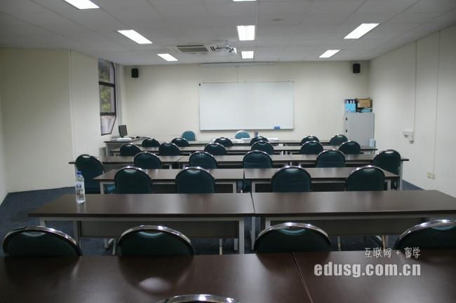 新加坡英华美学院专业课程