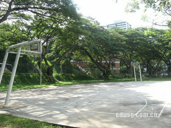 新加坡莎顿国际学院本科酒店管理专业