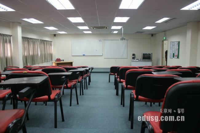 新加坡商科专业申请时间