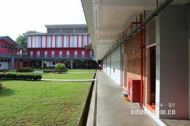 新加坡工程研究生专业几年