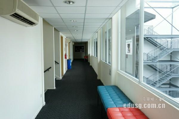 新西兰尼尔森理工学院要读几年