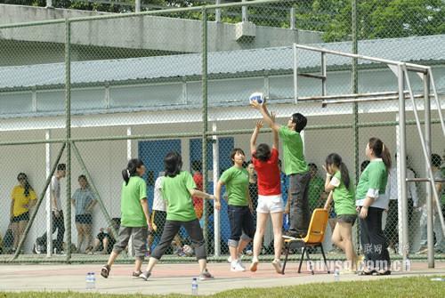 新加坡大学几月开学
