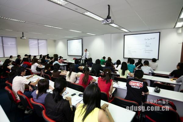 林国荣创意科技大学语言课程