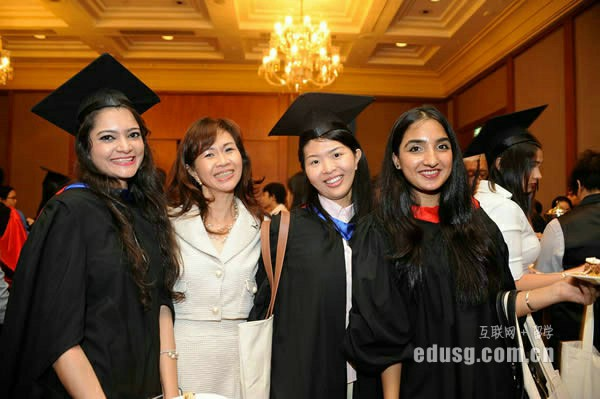 去新加坡留学出国前准备什么