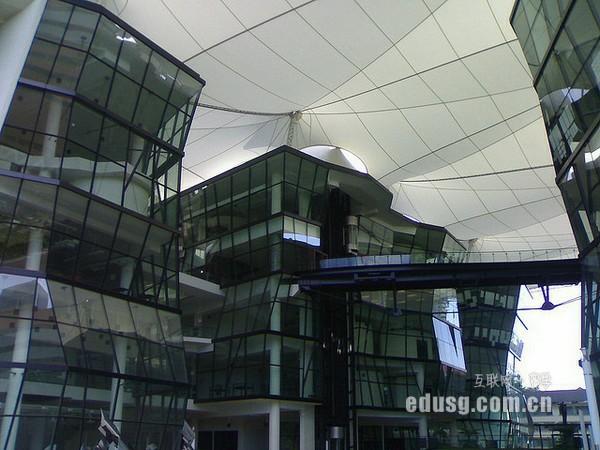 新加坡留学考什么