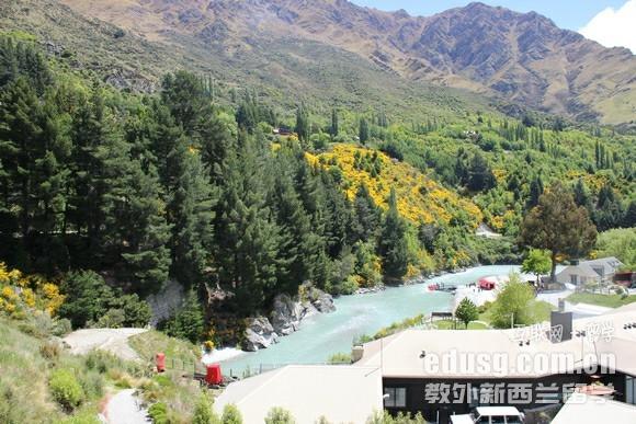 新西兰留学读高中