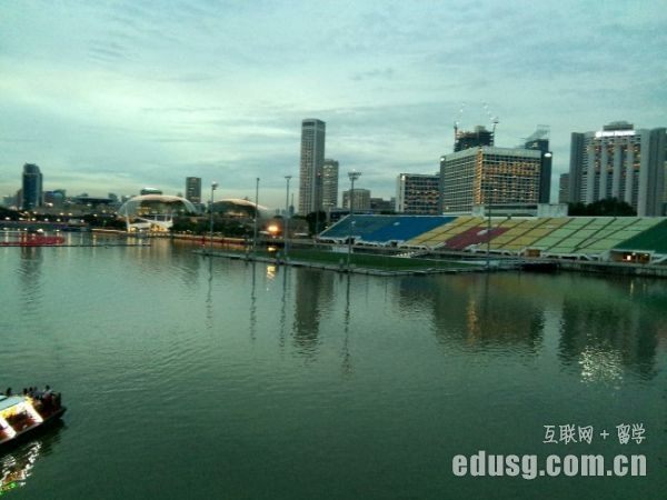 小学去新加坡读书好吗